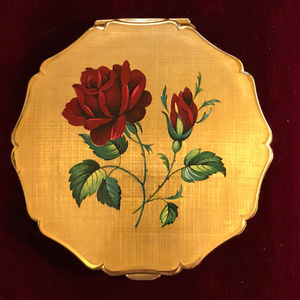 Vintage Stratton Compact Hand Painted Red Rose